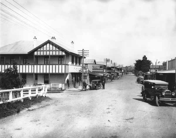 Vulcan St, Moruya c.1920