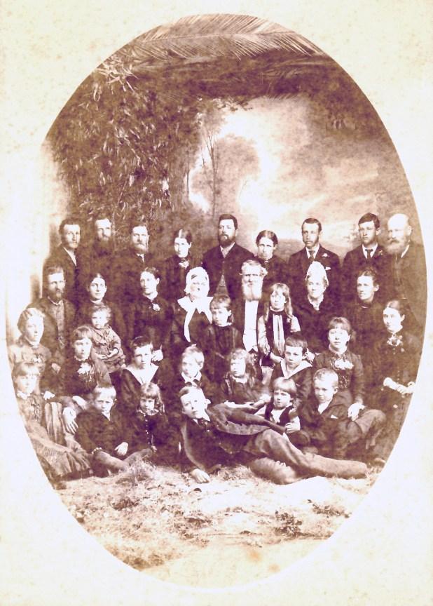 The Hawdon family of Kiora