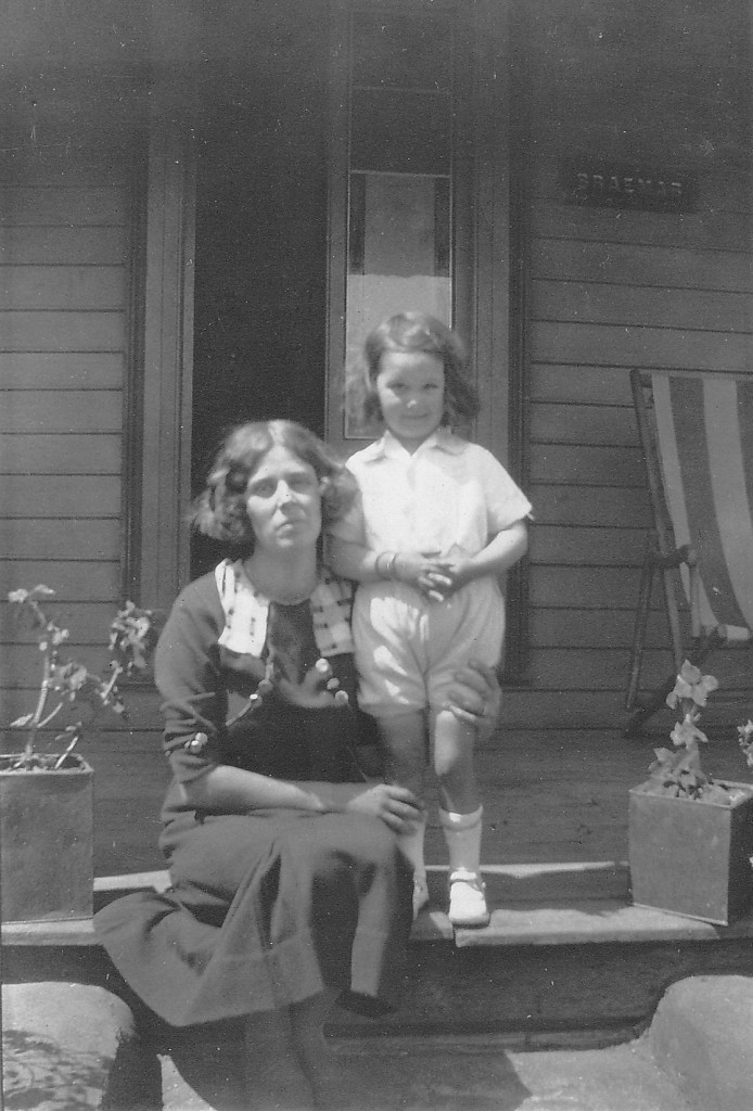 Minnie and Pam at Braemar 1933